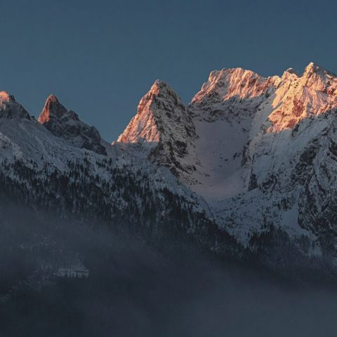 inoqo background - mountain and sunrise